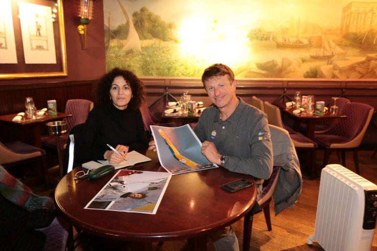 Nadia Taalba de la rédaction d'Images Doc et la navigateur solitaire Jean-Pierre Dick. Photo M Beynié